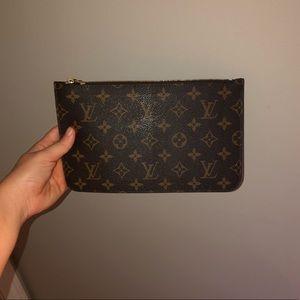 Louis Vuitton Neverfull Wristlet